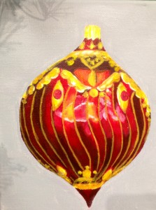 Gold & red round ornament